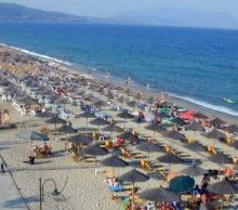 На Плаж в Слънчева Гърция