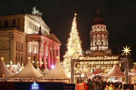 Берлин - Коледни базари - със самолет, на български език