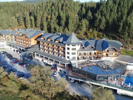 Нова Година и Коледа в новия и луксозен СПА хотел  Hot Springs Medical & Spa Hotel 4*