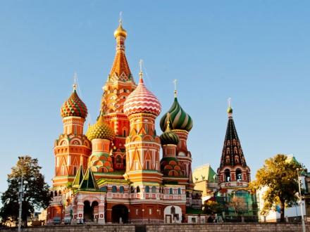 Великолепието на Москва и Санкт Петербург